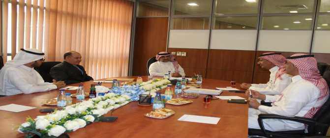 الدكتورالخضيري يبحث آفاق التعاون بين الجامعة وصندوق تنمية الموارد البشرية